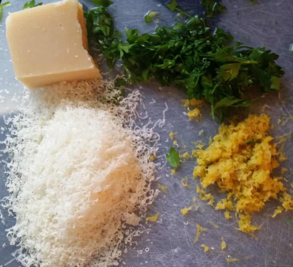 image of ingredients prepared for Spaghetti alla Carbonara