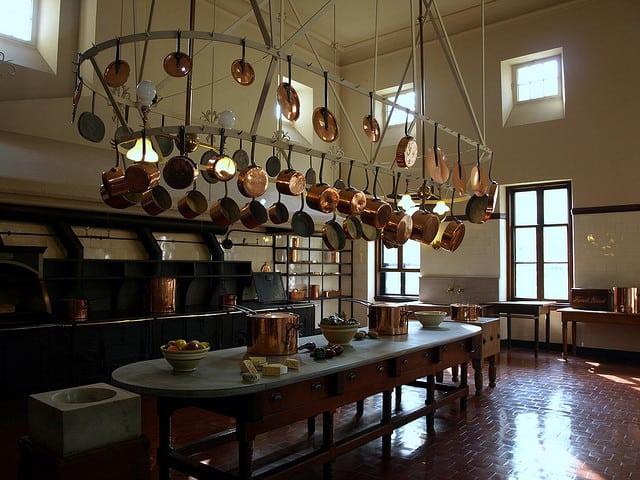 image of a large Beautiful Classic Kitchen